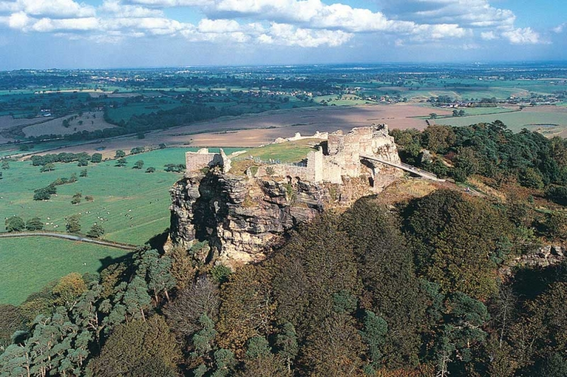 Beeston Castle sits at the heart of Cheshire's Sandstone Trail